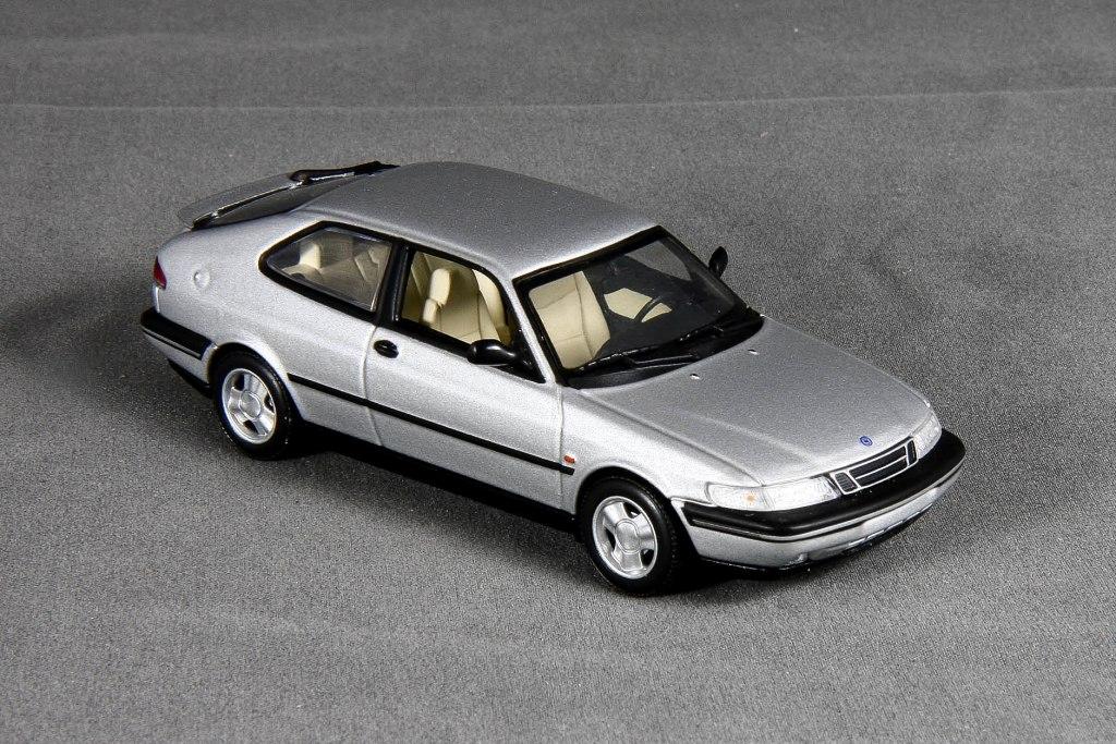 900 1995 Coupé Se